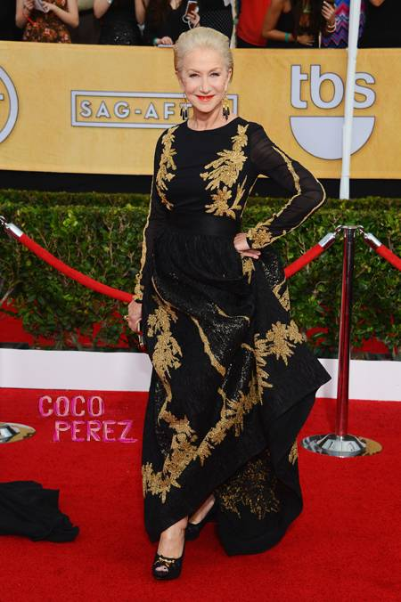 sag-awards-2014-helen-mirren-red-carpet__oPt