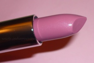 maybelline color sensational lipstick make me pink swatch